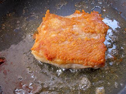 コンフィコンフィの鶏もも肉のコンフィ