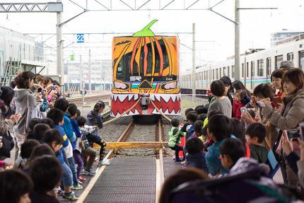 浦和美園まつり花火大会(車両基地見学会)